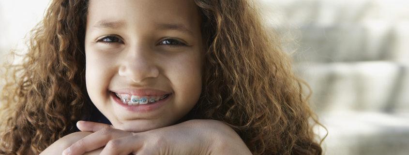 rechtzeitig die Zahnspange anwenden
